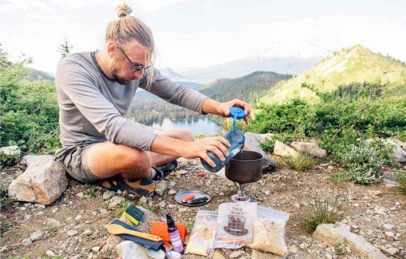 سرشعله در کمپ و کوهنوردی
