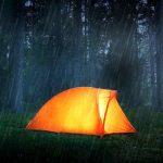 چگونه خیلی سریع در هوای بارانی کمپ کنیم؟